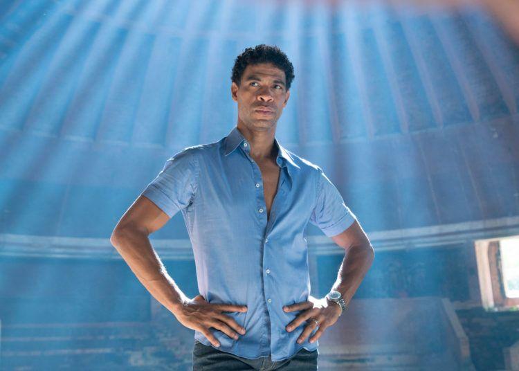 """El bailarín cubano Carlos Acosta en el filme autobiográfico """"Yuli"""". Foto: zocoh.com"""