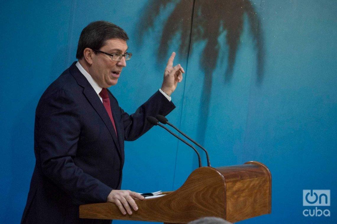 El ministro de Relaciones Exteriores de Cuba, Bruno Rodríguez Parrilla, ofrece conferencia de prensa en La Habana. Foto: Otmaro Rodríguez.