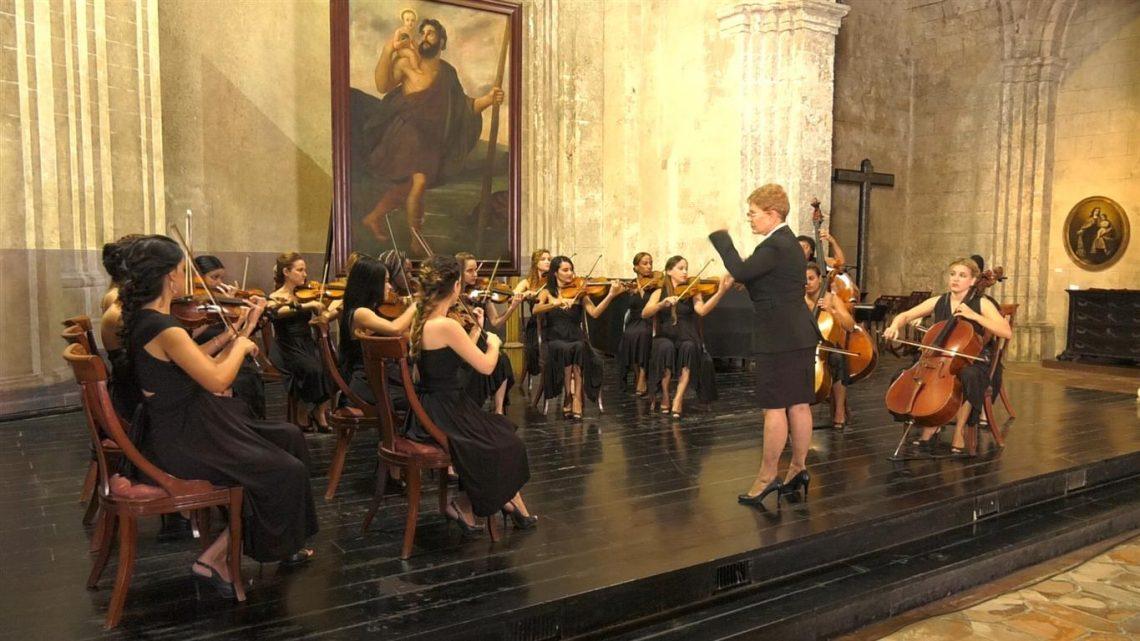 Camerata Romeu en la Basílica de San Francisco de Asís. Foto: eusebioleal.cu