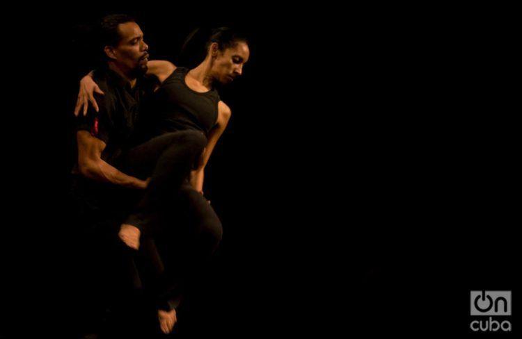 Compañía Danza Fragmentada, de Guantánamo. Foto: Katharina Neisinger / Archivo.