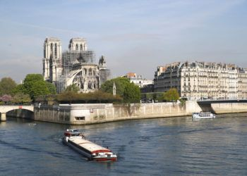 Notre Dame el miércoles 17 de abril de 2019 en París. Foto: François Mori / AP.
