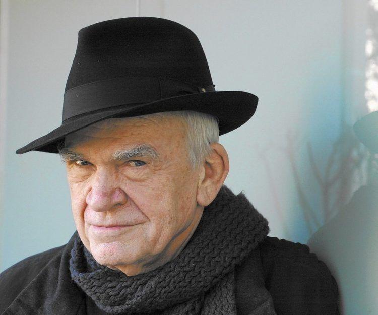A sus 90 años no solo los amantes de su literatura lo celebran. Kundera ha sido un autor muy influyente y llamativo, por su obra y también su vida.