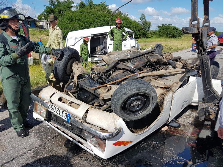 Foto de archivo de auto accidentado en Cuba. Foto: Telecubanacán / Facebook / Archivo.