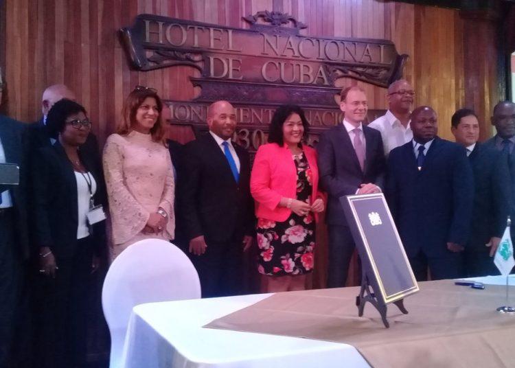 Representantes de algunos de los países miembros de la de la Organización de Aduanas del Caribe (OAC), constituida el 22 de mayo de 2019 en el Hotel Nacional de Cuba, en La Habana. Foto: @Aduana_de_Cuba / Twitter.