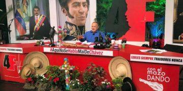 """Diosdado Cabello desde el set del programa """"Con el mazo dando""""."""