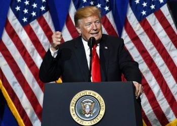 El presidente Donald Trump pronuncia un discurso durante las reuniones legislativas y expo comercial de la Asociación Nacional de Agentes Inmobiliarios en Washington, el viernes 17 de mayo de 2019. Foto: Susan Walsh / AP.