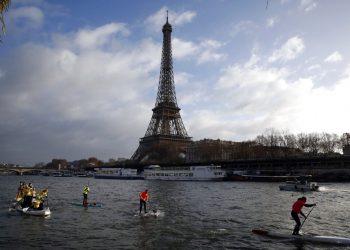 Imagen de la Torre Eiffel de París el 9 de diciembre del 2018. Foto: Christophe Ena / AP / Archivo.