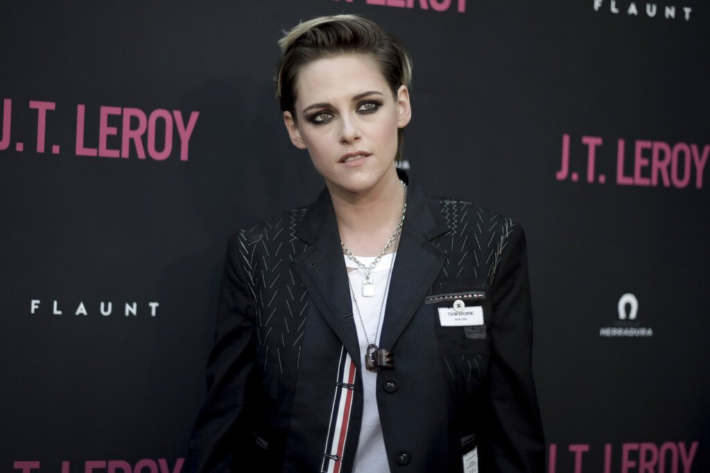 "Kristen Stewart asiste al estreno en Los Angeles de ""JT LeRoy"" en ArcLight Hollywood el miércoles 24 de abril de 2019 en Los Angeles. (Foto Richard Shotwell/Invision/AP)"