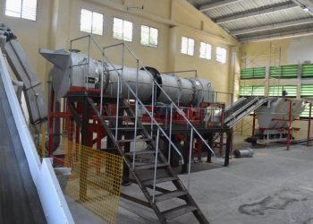 Planta para la producción de cemento de bajo carbono LC3 en Villa Clara, la primera de su tipo en el mundo. Foto: Carlos Rodríguez / Granma.