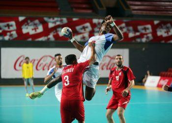 Cuba repartió el juego entre casi todos sus hombres y ganó con tranquilidad a Azerbaiyán. Foto: IHF