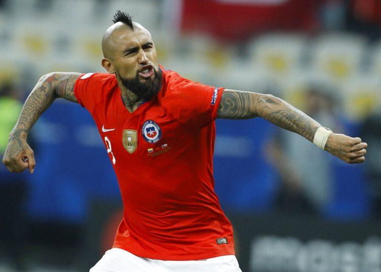 Arturo Vidal tras convertir un penal para Chile en la definición desde los 12 pasos ante Colombia en los cuartos de final de la Copa América en Sao Paulo, Brasil, el viernes 28 de junio de 2019. (AP Foto/Víctor R. Caivano)