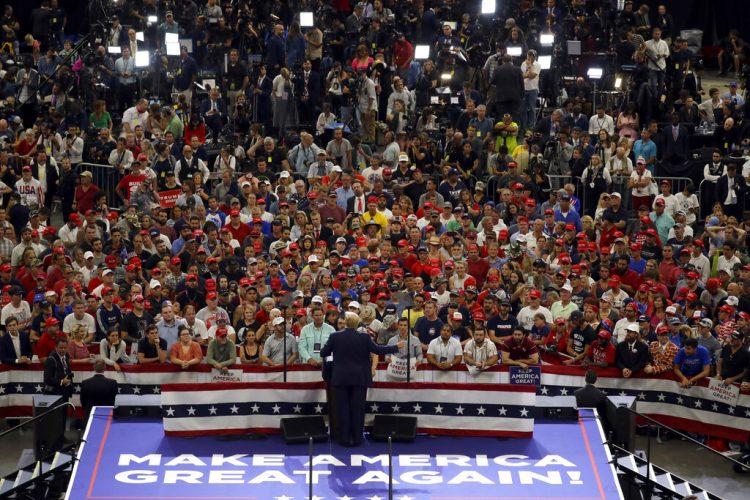 El presidente Donald Trump habla durante un mitin para lanzar su campaña de reelección en el Amway Center, el martes 18 de junio de 2019, en Orlando, Florida. Foto: Evan Vucci/AP.
