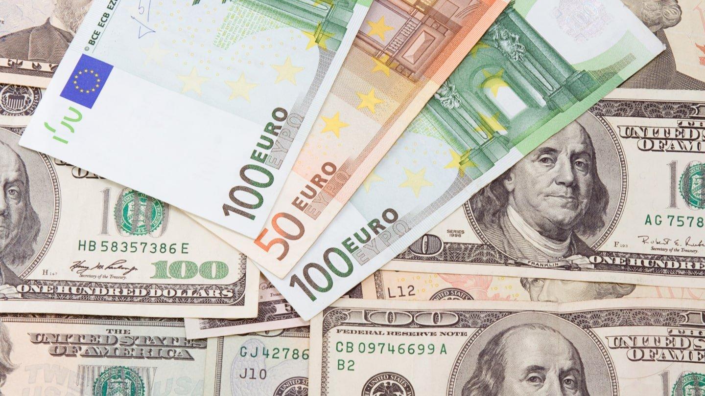 El euro gana terreno ante el dólar como moneda internacional ...