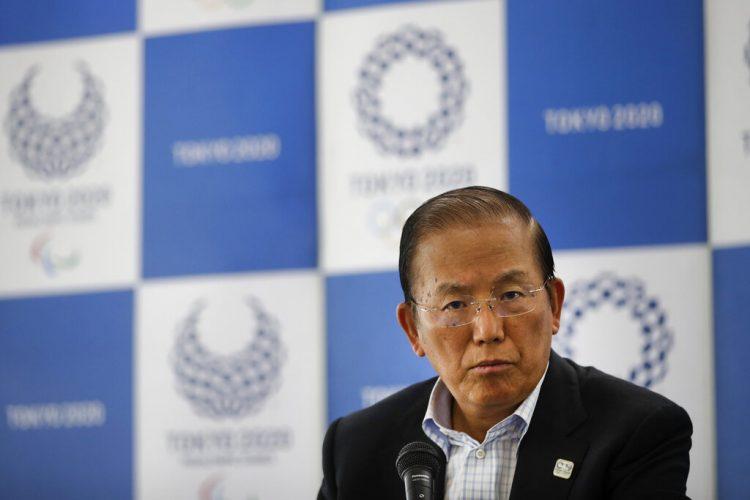 Toshiro Muto, CEO del comité organizador de Tokio 2020, escucha preguntas de reporteros durante una conferencia de prensa en Tokio, el 11 de junio de 2019. Foto: Jae C. Hong/AP.