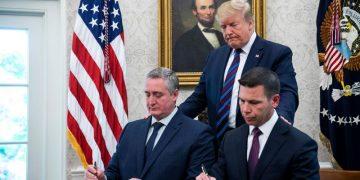 Firma de acuerdo entre Estados Unidos y Guatemala
