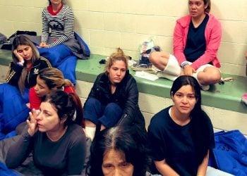 Cubanas en El Paso, Texas. Foto: @JoaquinCastrotx/Twitter.