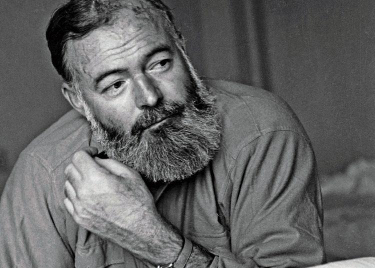 Ernest Hemingway ca. 1944 Foto: Hulton-Deutsch Collection/CORBIS.