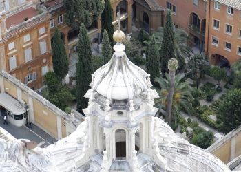 En esta imagen, tomada el 10 de julio de 2019, ofrece una vista del Cementerio Teutónico en el Vaticano. Foto: Gregorio Borgia/ AP.