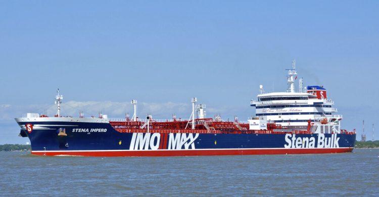 En esta fotografía del 5 de mayo de 2019 difundida por Karatzas Images, se ve el buque cisterna británico Stena Impero en un lugar no identificado. Foto:  Karatzas Images vía AP.