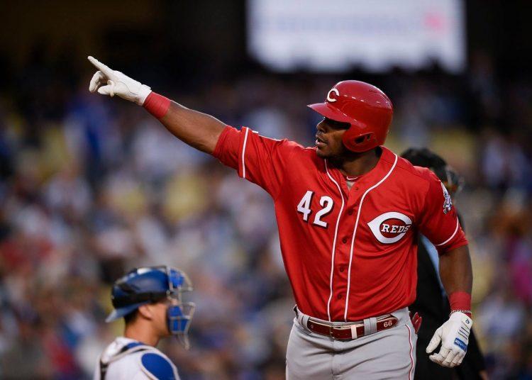 El cubano Yasiel Puig deja a los Rojos de Cincinnati, en canje con los Indios de Cleveland. Foto: MLB / Flirck / Archivo.
