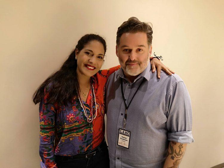 Haydée Milanés con Tomás Cookman, presidente de LAMC. Foto: cortesía de la artista.