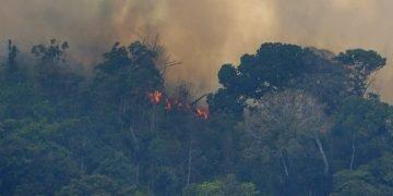 Foto de archivo de los incendios en la Amazonía, cerca de Porto Velho, Brasil, en agosto de 2019. Foto: Víctor R. Caivano / AP / Archivo.
