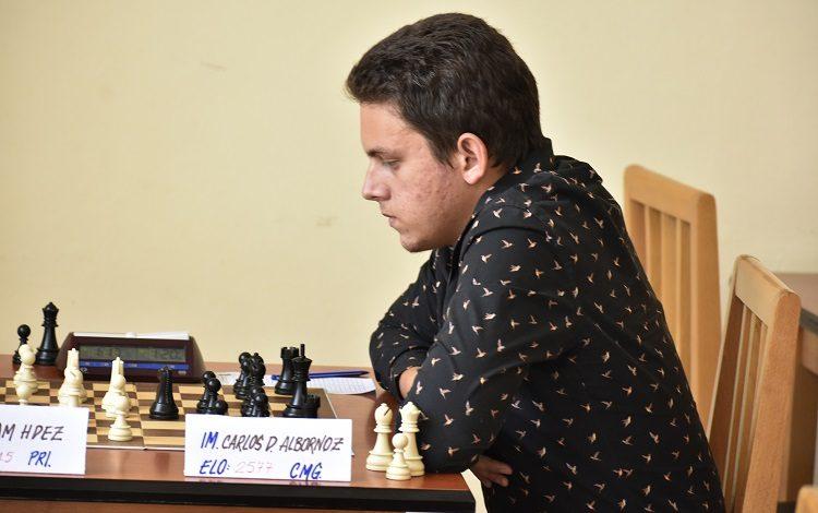 Carlos Daniel Albornoz, el campeón nacional más joven en la historia del ajedrez cubano. Foto: Carlos Rodríguez Torres/Vanguardia.