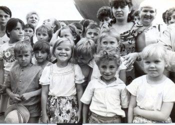 foto exposición niños de chernobil en cuba