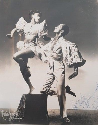 Marta y Alexander en foto de estudio de Maurice Seymour, Estados Unidos. Ca 1953.