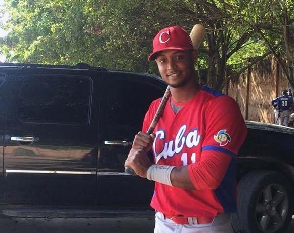 El joven pelotero cubano Andy Pacheco, fallecido en un accidente de tránisto en Boca Chica, República Dominicana. Foto: Listin Diario.