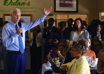 Joe Biden durante una presentación de su campaña electoral en Crenshaw, Los Ángeles, el 18 de julio del 2019. Foto: Richard Vogel / AP / Archivo.