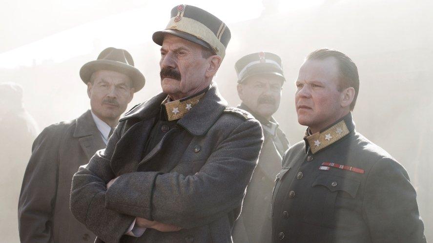 Fotograma de la película noruega La desición del Rey.
