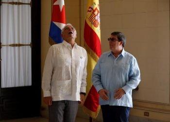 El Alto Representante de la Unión Europea, Josep Borrel, junto a Bruno Rodríguez, canciller de Cuba. Foto: EFE/Archivo.