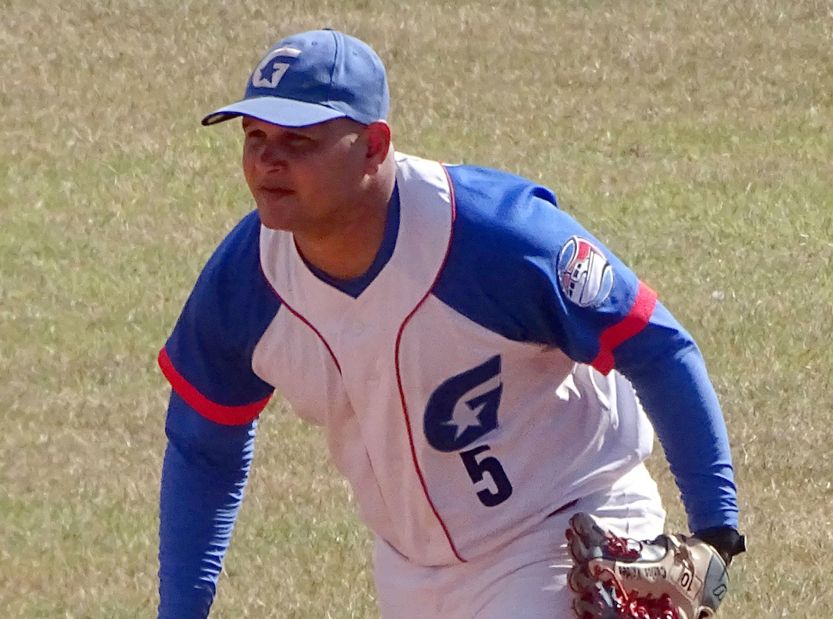 El experimentado infielder de Granma Carlos Benítez. Foto: La Demajagua.