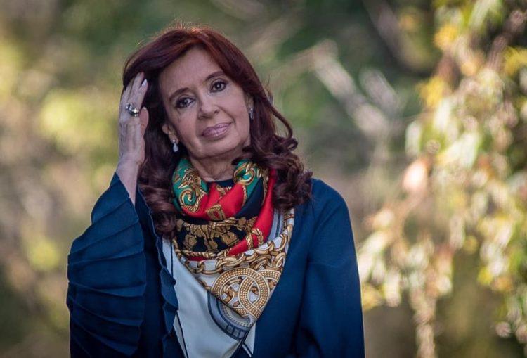 Cristina Fernández de Kirchner durante un acto de campaña en Argentina. Foto: Kaloian.