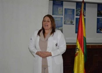 La doctora Yoandra Muro, jefa de la Misión-Médica cubana en Bolivia. Foto: Radio Reloj.