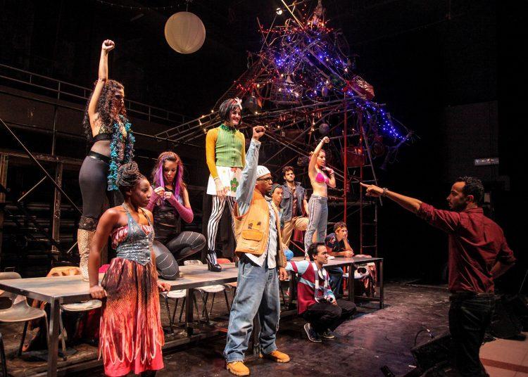 """El documental """"Revolution Rent"""" aborda el proceso del montaje de """"Rent"""", primer musical de Broadway en Cuba en más de 50 años. Foto: docnyc.net"""