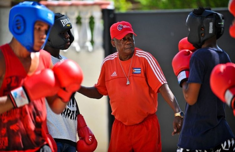 El destacado boxeador y entrenador Jorge Hernández falleció la pasada semana en La Habana. Foto: Tomada de Cubasí.