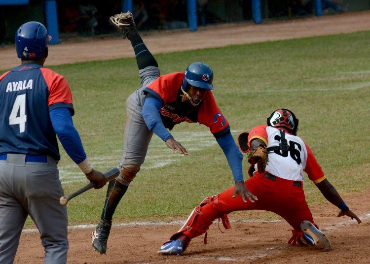 Los Toros dieron un salto inmenso y siguen soñando con la remontada. Foto: Gabriel García.