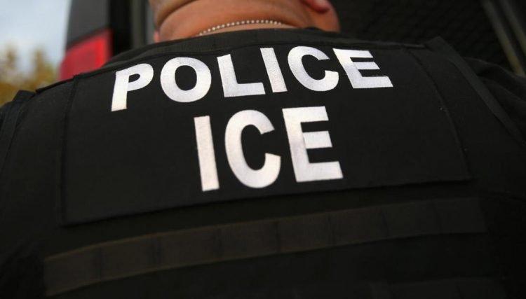 Agente de Inmigración y Control de Aduanas de Estados Unidos (ICE). Foto: bbc.com