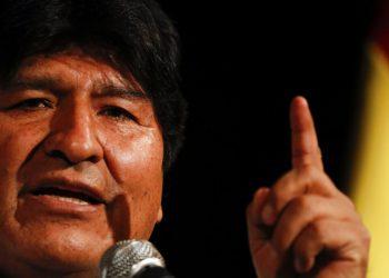 El expresidente de Bolivia, Evo Morales, da una conferencia de prensa en Buenos Aires, Argentina, el martes 17 de diciembre de 2019. Foto: AP/ Natacha Pisarenko