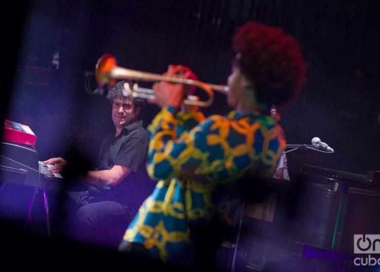 """Concierto del proyecto """"El Comité"""", en el Teatro Martí de La Habana, durante el 35 Festival Jazz Plaza, el 19 de enero de 2020. Foto: Enrique Smith / Archivo."""