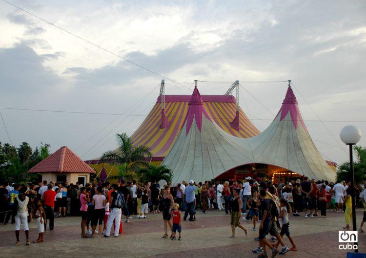 Carpa Trompoloco, sede del Circo Nacional de Cuba y del Festival Internacional CirCuba. Foto: Kaloian / Archivo.