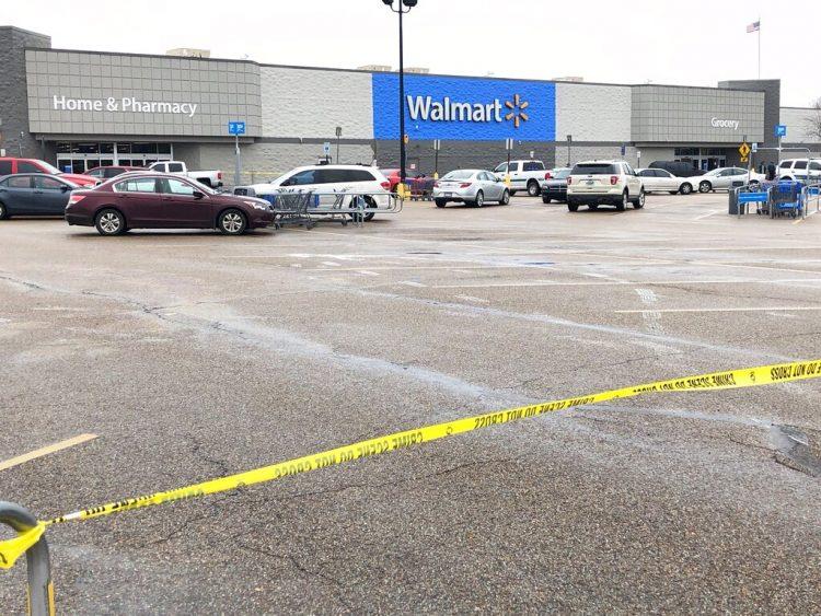 El Walmart de Forrest City, Arkansas, donde ocurrió una balacera el 10 de febrero del 2020. Foto: AP/Adrian Sainz