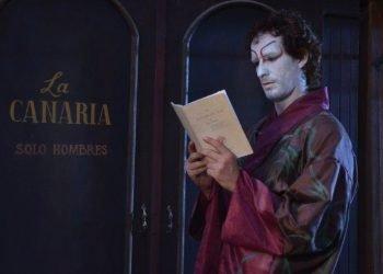 Yasmany Guerrero interpretando a Julián del Casal.
