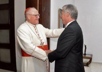El presidente Miguel Díaz-Canel recibe al Cardenal Timothy Dolan, Arzobispo de Nueva York. Foto: Estudios Revolución.