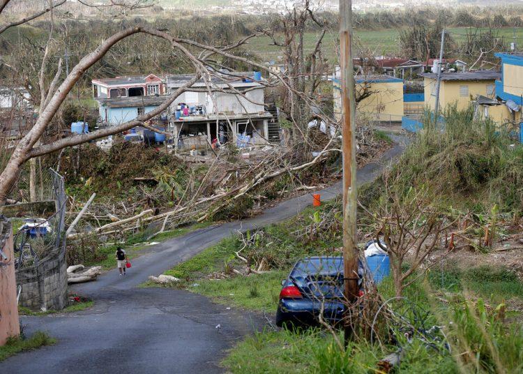 La foto del 26 de septiembre de 2017 muestra la devastación tras el paso del huracán María en Yabucoa, Puerto Rico. Foto: AP/Gerald Herbert