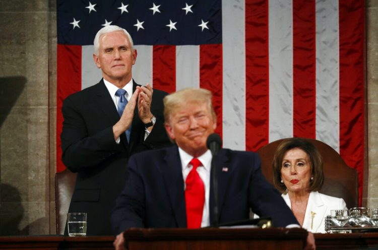 Trump, ofreció su discurso sobre el Estado de la Unión en un pleno del Congreso en la Cámara de Representantes, en Washington, el martes 4 de febrero de 2020. (Leah Millis/Pool via AP)