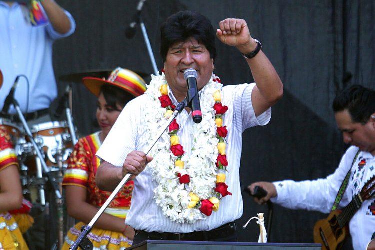 El expresidente boliviano Evo Morales habla en un mitin en Buenos Aires, Argentina, el miércoles 22 de enero de 2020. Foto: Daniel Jayo / AP.