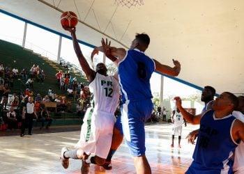 Pinar del Río frente a Capitalinos durante semifinal de la Liga Superior de Baloncesto (LSB) en marzo de 2017. Foto: Calixto N. Llanes/Jit/Archivo.